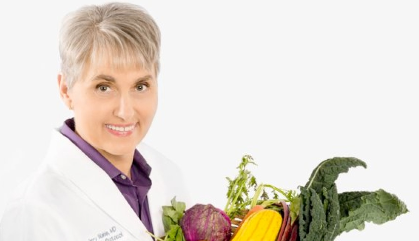 Low Carb Paleo Show 009 Interview with Dr Terry Wahls